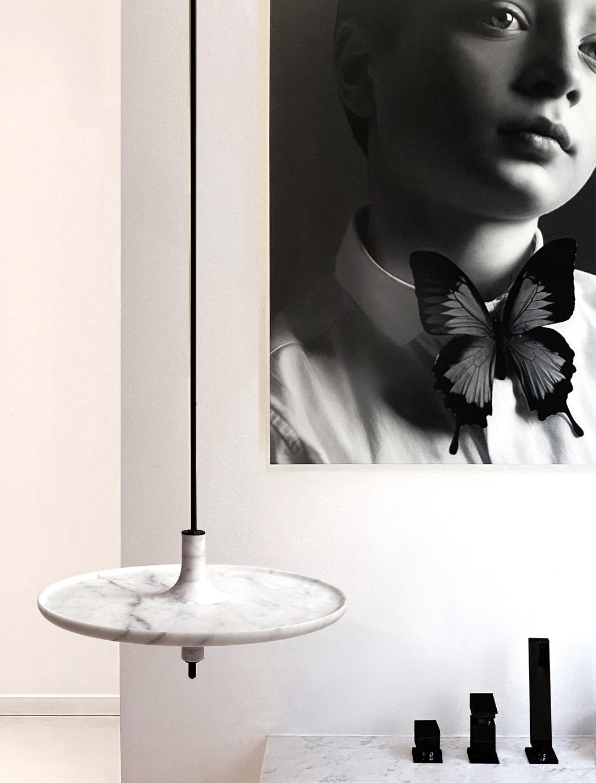 Mlle Jo – TOUPY marbre blanc